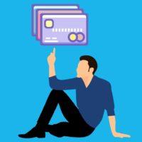 海外では複数枚のクレジットカードを携帯