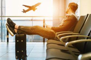 空港で6時間以上滞在するなんてことはザラにある