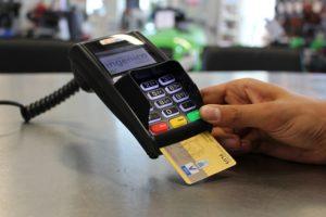 ショッピング時のカードの使い方(