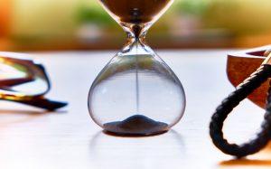 SMBCモビットの審査時間はどれくらい?審査時間を短縮して借入を早める方法