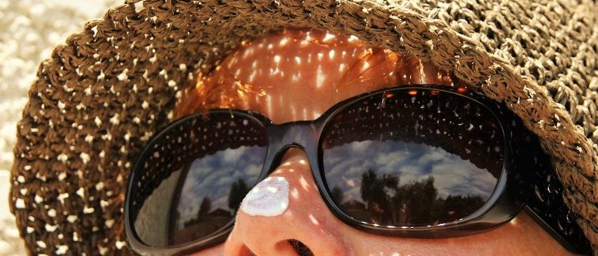 銀座カラーの日焼け肌への対応は?日焼け後でも脱毛する方法とは